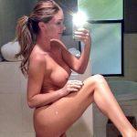 photo sexe de femme toute nue chatte chaude dans le 05