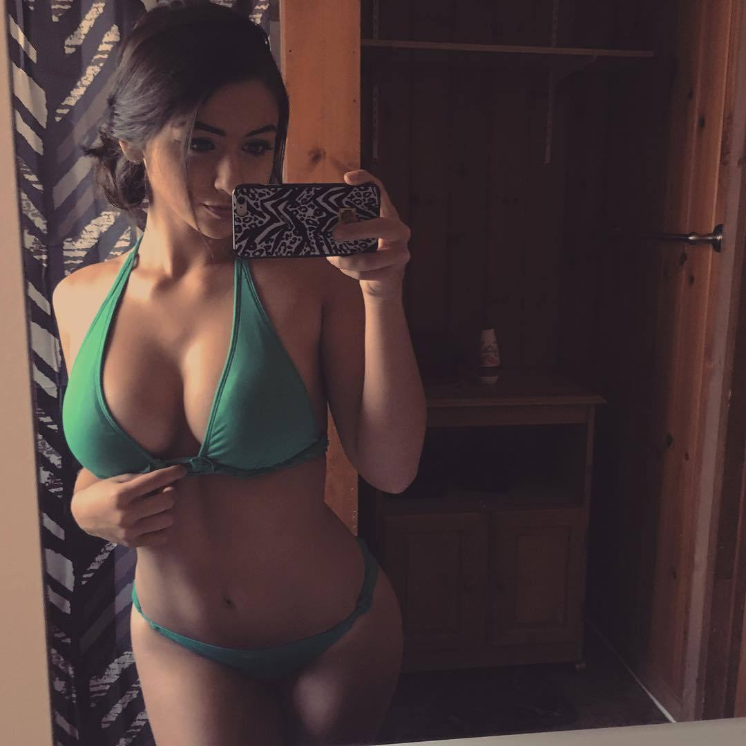 selfie porno de belle fille nue du 49