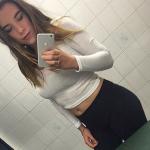 selfie porno de belle fille nue du 84