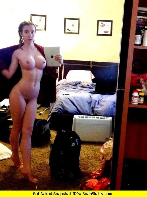 photo de femme du 43 toute nue
