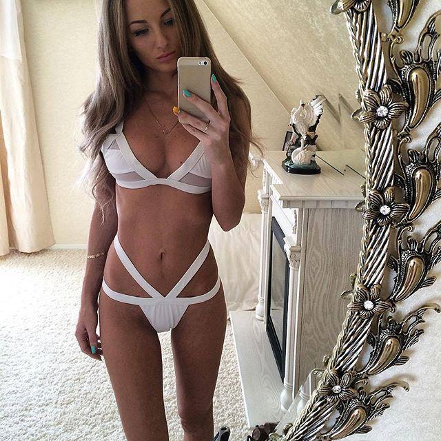 selfie coquin dans le 69 avec femme nue