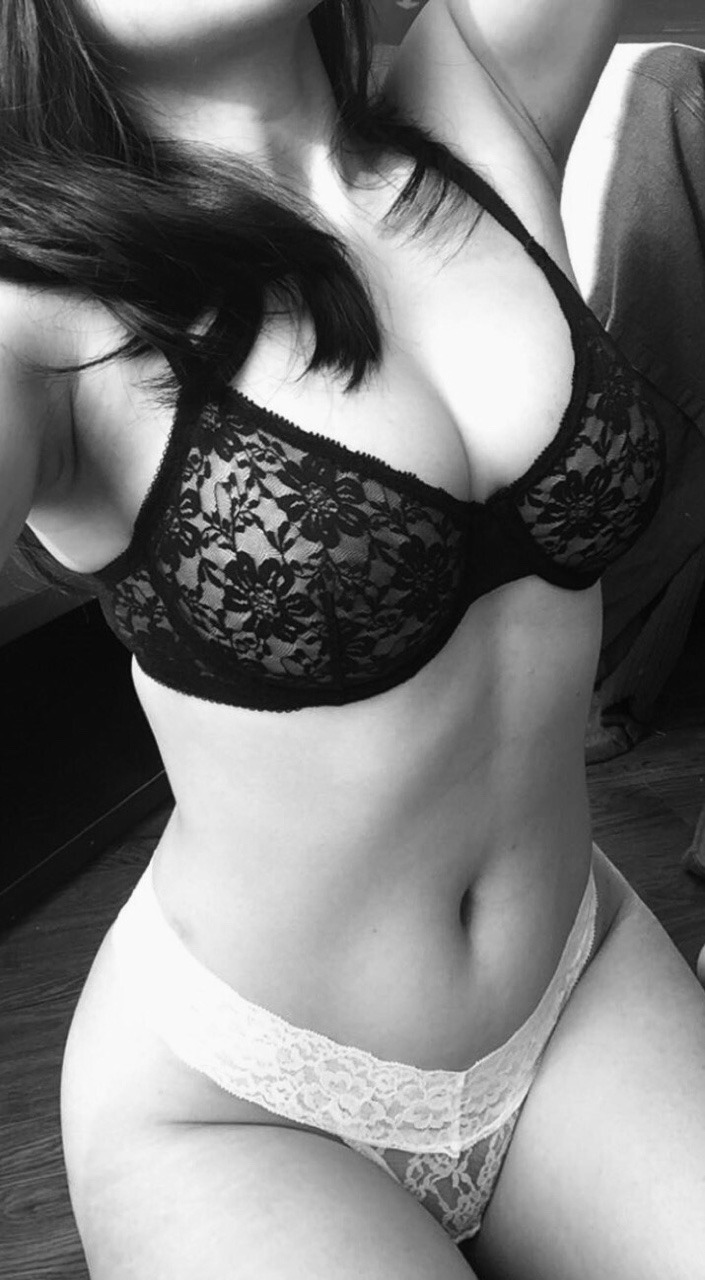 selfie porno de belle fille nue du 28